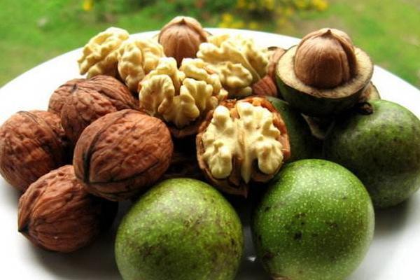 green walnut