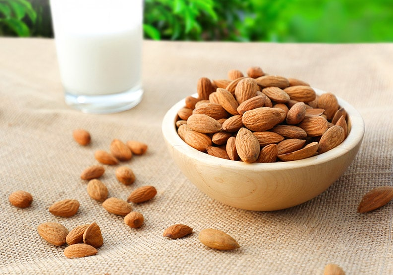 Almonds with high nutritional value